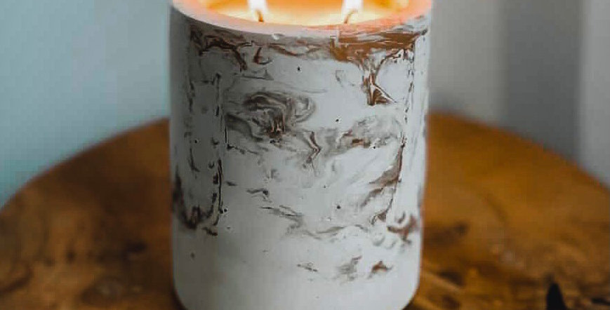 White Sage & Lavender - Large Cylinder Golden Concrete Candle