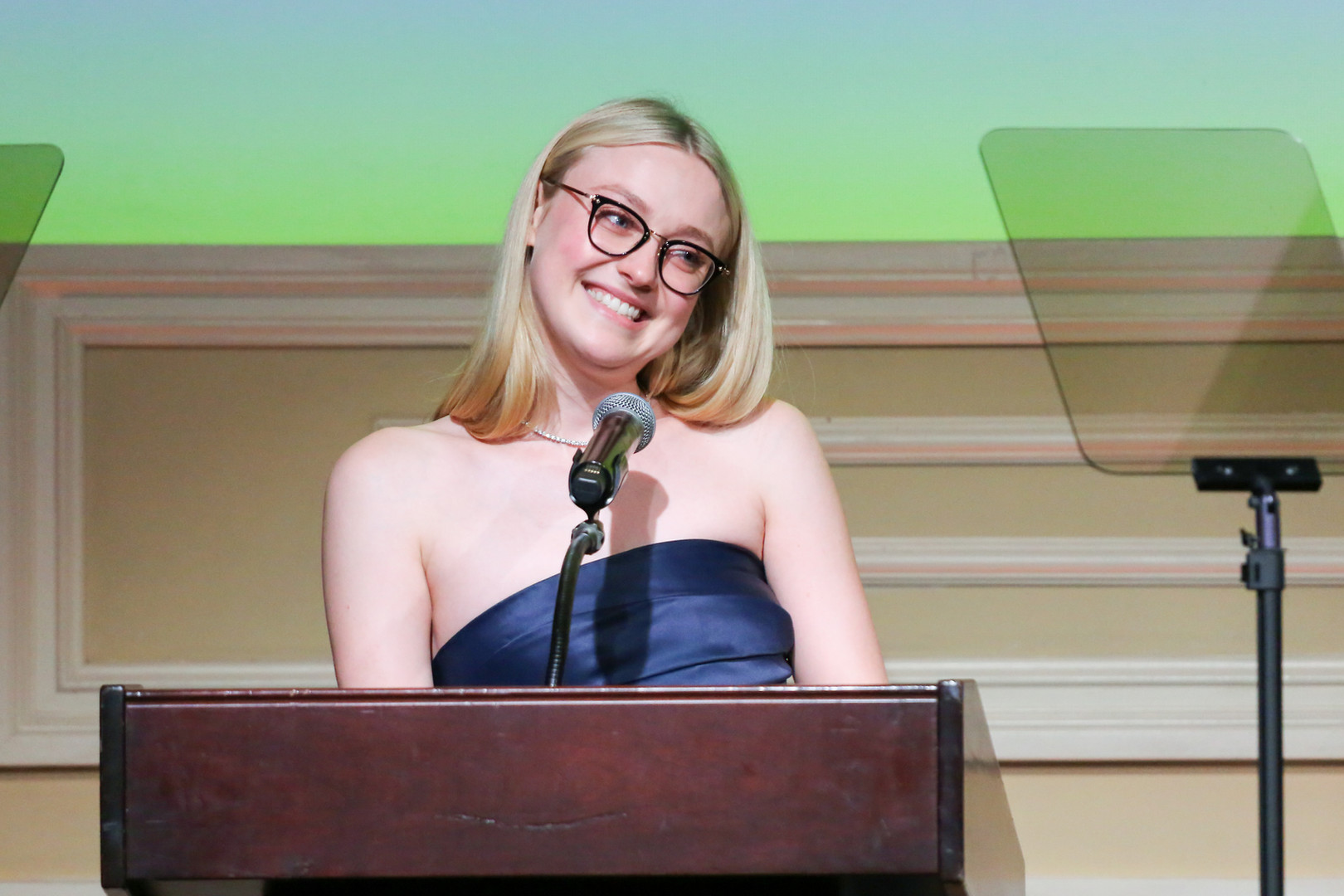 Dakota Fanning presenting the 2019 Lifetime Achievement - Talent Agent Award