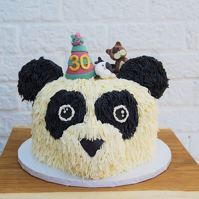 This Panda was such a treat to make 🤍🖤