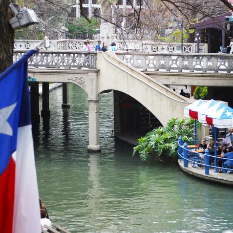 San Antonio Riverwalk_2181.jpg