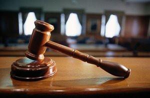 Верховный суд разъяснил: размещать рекламу на любой части жилого дома без согласия жильцов нельзя