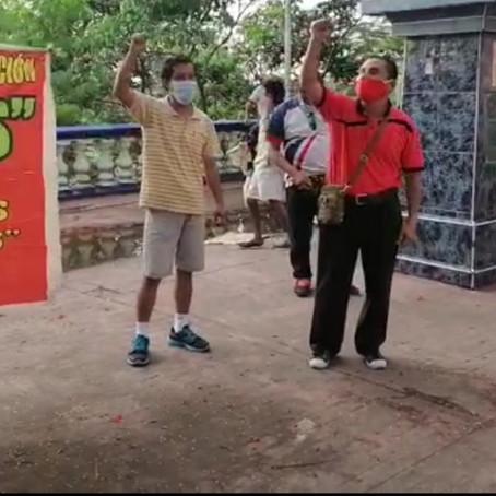 Trabajadores Administrativos de Educación protestan frente DRE Loreto