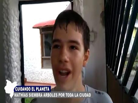 CUIDANDO EL PLANETA MATHIAS SIEMBRA ARBOLES PARA LA CIUDAD