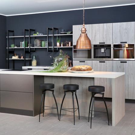 № RP 06 Кухня Rotpunkt Küchen Zerox - Sherwood Manhattan SY | Jewel - Pearl Titane PS