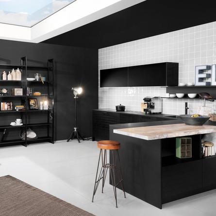 № RP 34 Кухня Rotpunkt Küchen Horizon - Black CL | Zerox - Black HPL XT