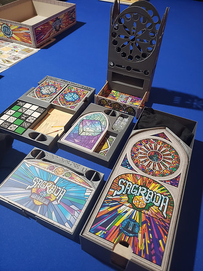 Sagrada (+expansions) insert and dice tower