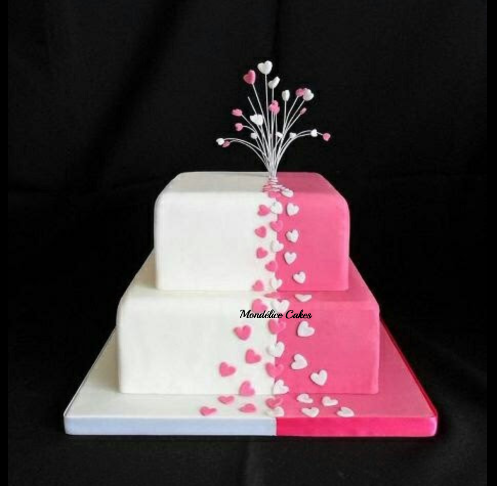 Cake Rose & Blanc avec Coeur