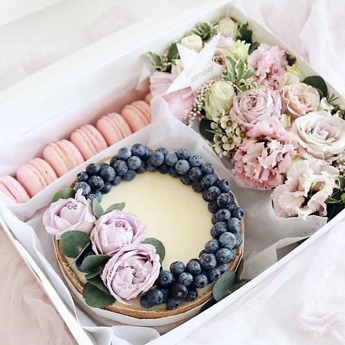 BOX FLOWERS CHEESECAKE
