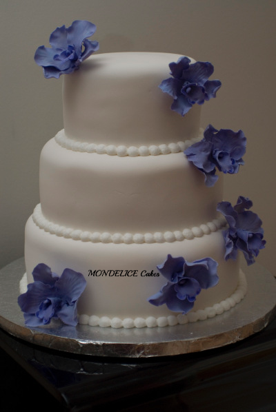 Wedding Cake Blanc & Fleur Violette