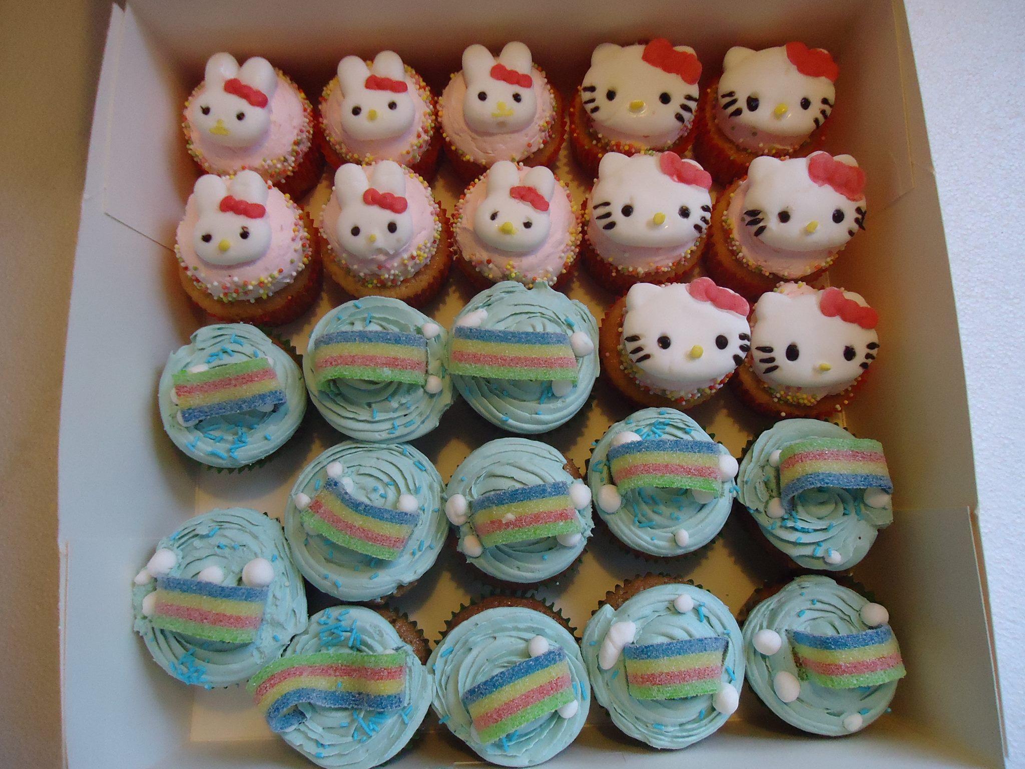 Cupcakes Hello Kitty & Arc en Ciel