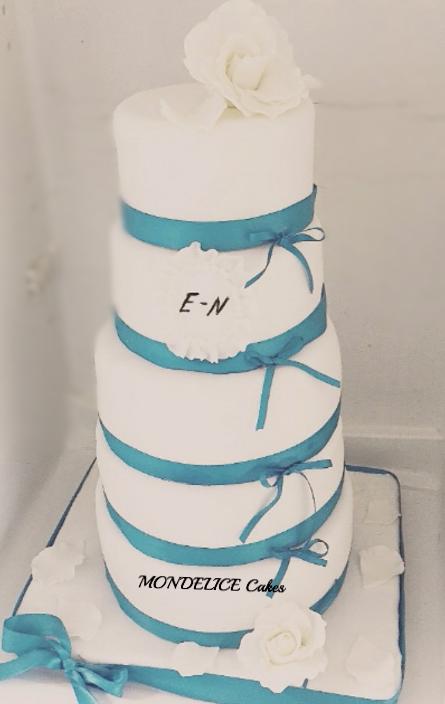 Wedding Cake Blanc & Turquoise