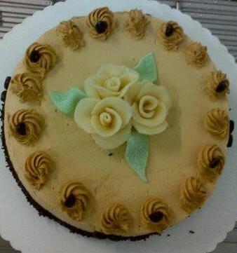 Moka Café... Crème au Beurre légère entre une Génoise nature