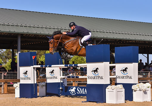 Max Dolger show jumping