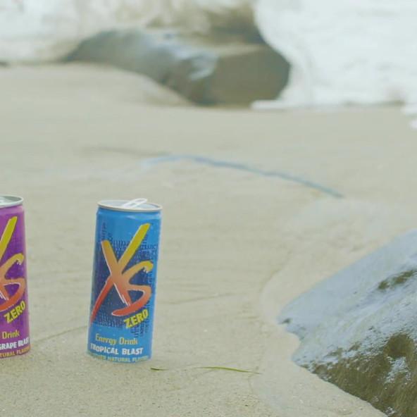 XS_can_beach_scene_female.mp4