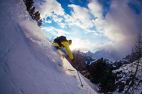 Ski_downhill.jpeg