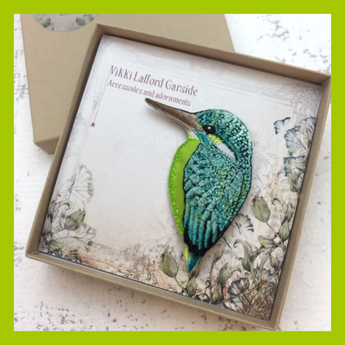 Green Kingfisher Embroidered Brooch