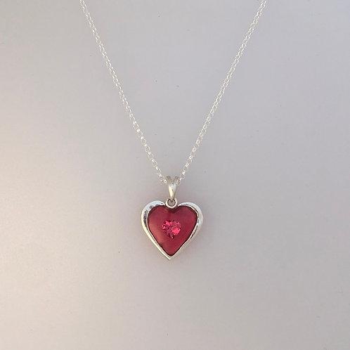 Loveheart pendant with cubic zirconia