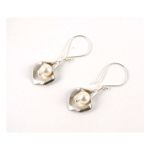 Cala Lily Earrings