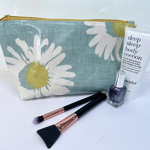 Aqua Daisy Gloss Oilcloth Medium Toiletry Bag