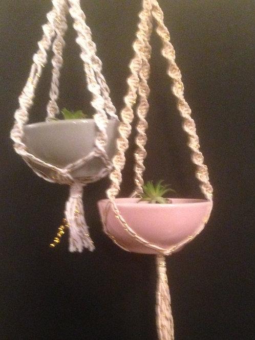 Mini planthanger