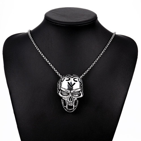 Diamond Cut Skull Necklace in Stainless Steel