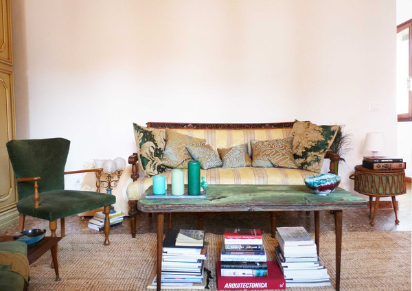 Soggiorno, mobili dell'antiquariato e dell'artigianato