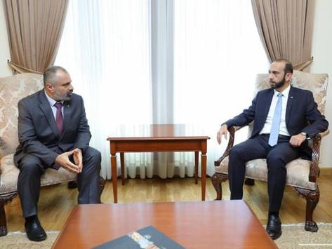 Se reunieron los cancilleres de Armenia y Artsaj