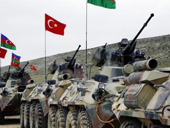 Azerbaiyán y Turquía realizan maniobras militares en Karabaj