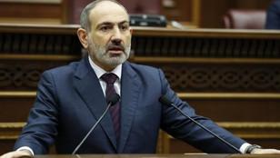 Renunció el primer ministro armenio Nikol Pashinian por las elecciones anticipadas