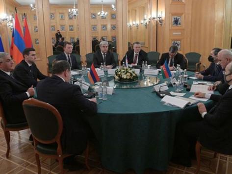 Armenia y Azerbaiyán reiniciaron las negociaciones con la participación de Rusia
