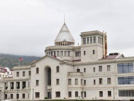 """""""Los territorios de Artsaj son ocupados por Azerbaiyán"""""""