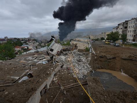 Azerbaiyán da nuevo ímpetu al genocidio cultural contra Armenia