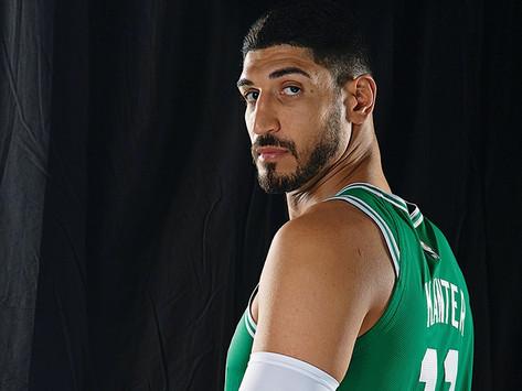 Un basquetbolista turco de la NBA pidió por el reconocimiento del genocidio armenio
