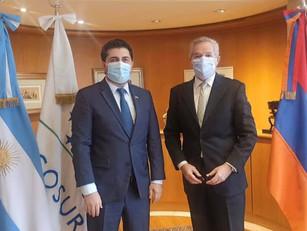 El Canciller Solá recibió al Embajador de Armenia