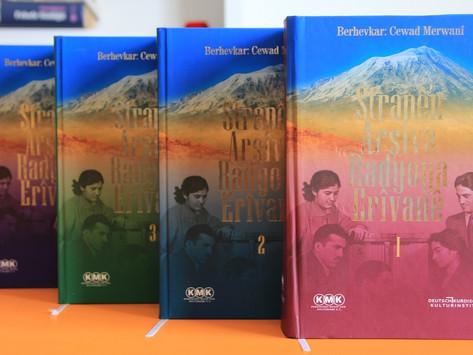 Un libro sobre las 900 canciones kurdas de Radio Ereván