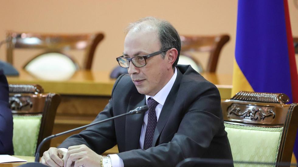 """""""Azerbaiyán ignoró el llamado de la ONU a una tregua global durante la pandemia y atacó Karabaj"""""""