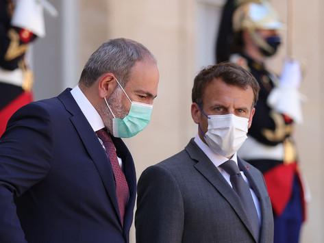 """Macron: """"Las tropas azerbaiyanas deben retirarse del territorio soberano de Armenia"""""""