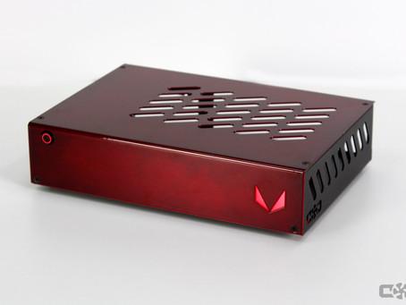Алюминиевые корпуса SL2 lm 2.9L с логотипами и возможностью крепления за монитор уже в продаже.