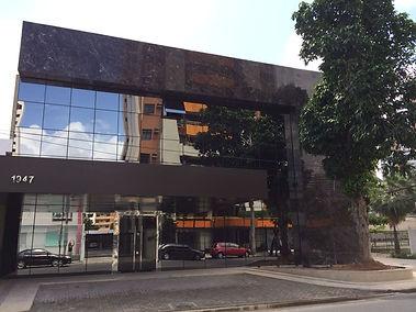 Médico Cirurgião Vascular em Fortaleza. Tratamento de varizes, tratamento de varizes com espuma.