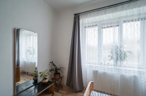a dobovým nábytkem © Petr Louženský
