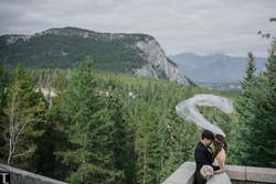 1-tlaw-photo-real-weddings-fairmont-banff.jpg