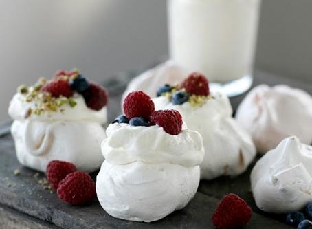 Get baking for Christmas - mini meringues