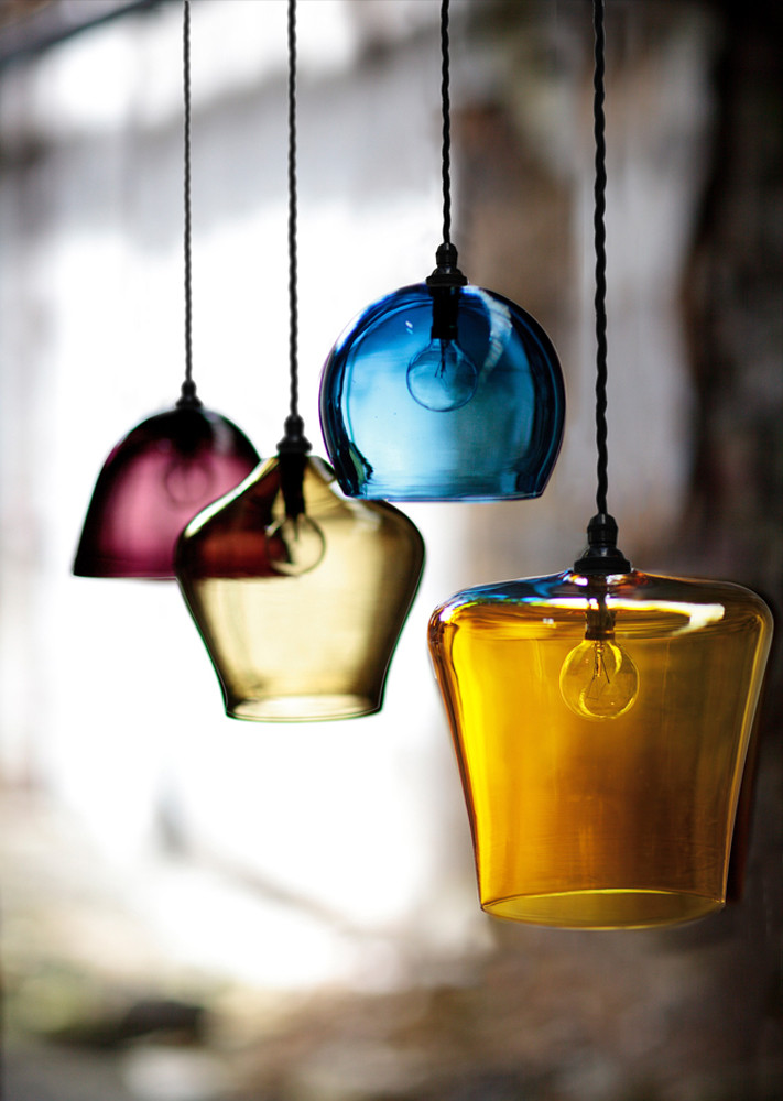 Curiousa&Curiousa pendant lights pink and blue