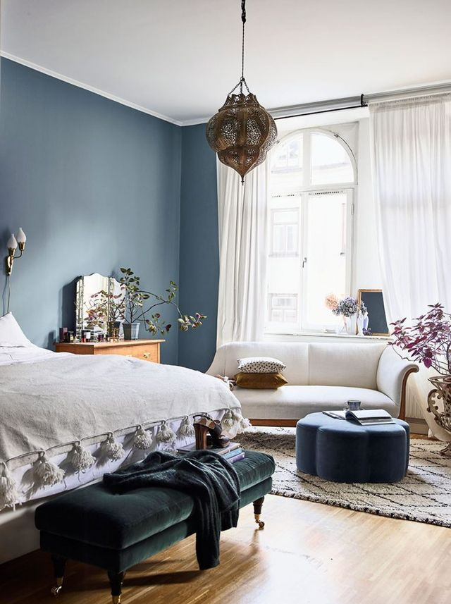 designer house blue walls and moroccan pendant lamp