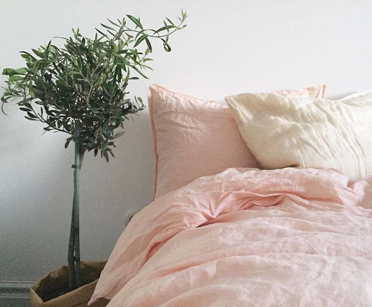 Scandi style minimalistic bedroom