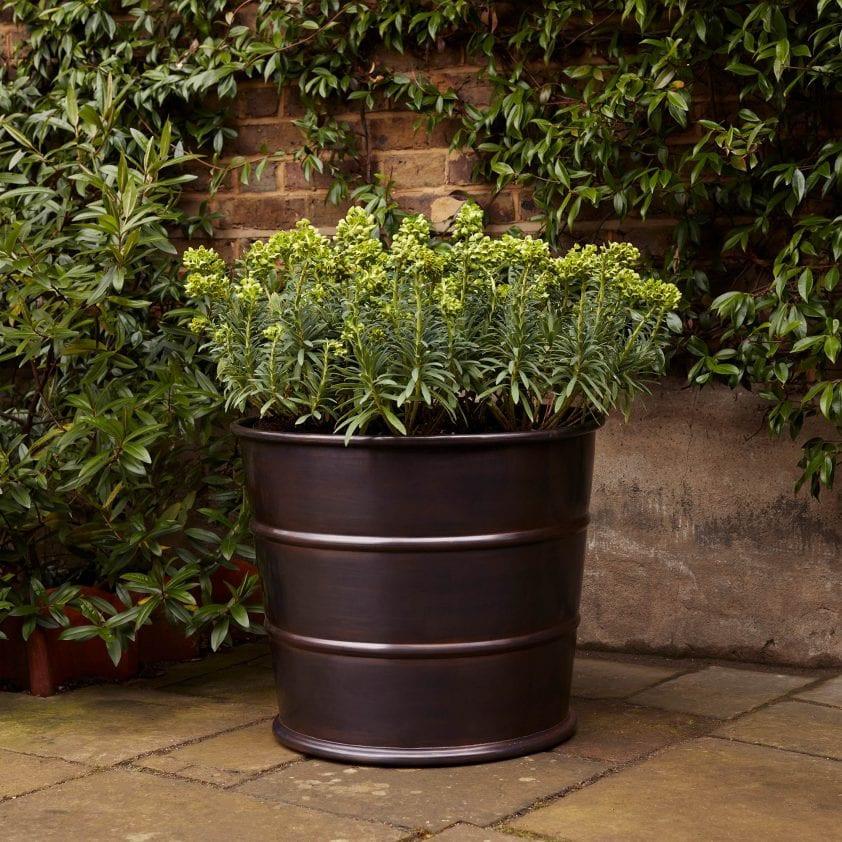 Bronze ribbed designer planter Bronzino