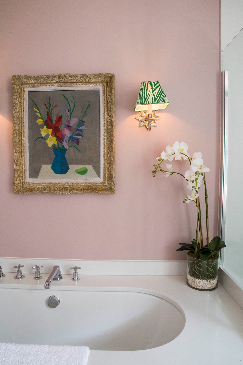 FAMILY BATHROOM in English style with pink walls and large venetian mirror, repurposed chest of drawers Sarah Vanrenen