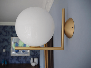 FLOS wall light in situ