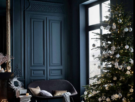 The Christmas tree debate: real or artificial?