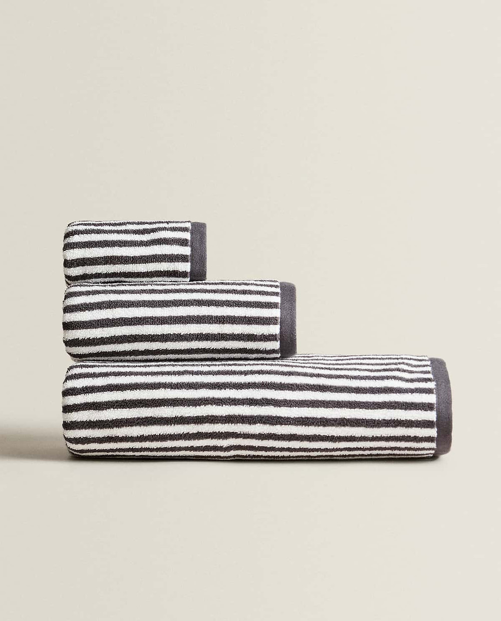 Reboot your home for winter with these 3 colour palettes _ striped towels ZARA HOME AW20  interiors inspo | seasonsincolour interiors blog